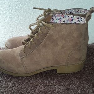 H&M Divided ankle boots